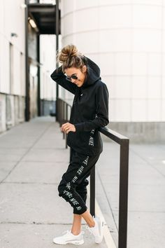 Nike Casual Outfit Idea