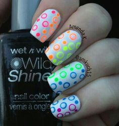 Beautiful nail art designs that are just too cute to resist. It's time to try out something new with your nail art. Rainbow Nails, Neon Nails, Love Nails, Diy Nails, Pretty Nails, Rainbow Bubbles, Bright Nails, Polka Dot Nails, Polka Dots