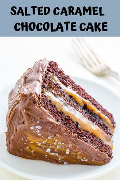 Three layers of Salted Caramel Chocolate Cake slathered in homemade Chocolate Frosting. So decadent! Salted Caramel Chocolate Cake, Chocolate Chip Cookie Cheesecake, Homemade Chocolate Frosting, Amazing Chocolate Cake Recipe, Best Chocolate Cake, Chocolate Caramels, Best Cake Recipes, Cupcake Recipes, Cupcake Cakes