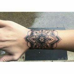 Bilderesultat for mandala tattoos for girls