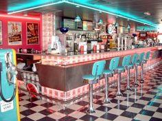 authentic fifties decor and diner restaurant - Recherche Google