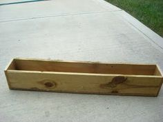 Thrifty Decor Chick: DIY window boxes! or a flower trough for the table or tv stand