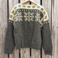 Vintage William Schmidt Handmade Wool by TomieHarleneVintage #norway #oslo