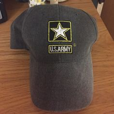 US ARMY hat My aunt is in the army; she had a surplus of these. Just need to give one a way! *Never Worn* Accessories Hats