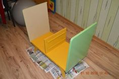 Creative Ideas – DIY Repurpose an Old Nightstand into a Play Kitchen - Diy Furniture Beds Ideen Kitchen Table Lighting Fixtures, Rustic Light Fixtures, Bed Furniture, Furniture Makeover, Play Kitchen Diy, Country Kitchen Backsplash, Small L Shaped Kitchens, Kitchen Island Makeover, Lemon Kitchen Decor