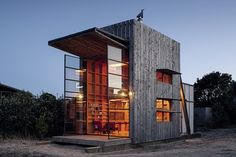 Small Project Architecture: Hut on Sleds, Whangapoua, Coromandel Peninsula  by Crosson Clarke Carnachan Architects (Auckland).