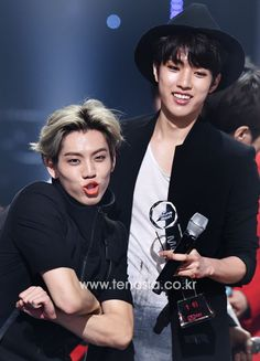 Dong Woo +Sungyeol . can't be away from each other even when they are on stage..