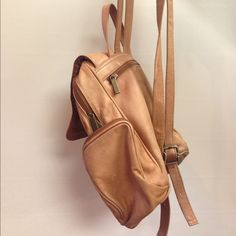 Made in the USA original leather backpack Absolutely stunning leather backpack. So soft, in great condition. A vintage find from the 1980s. Made in the USA. Bags Backpacks
