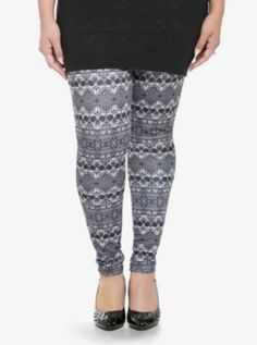 Monochrome Skull Print Plus Size Leggings