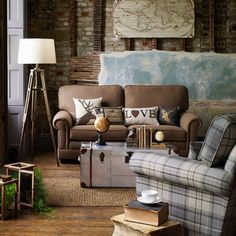 How to decide on living room furniture - ideas and suggestions ~ Decoration ideas, Furniture, Interior Design Eclectic Living Room, New Living Room, Home Living, Living Room Furniture, Living Room Designs, Living Room Decor, Estilo Country Chic, Front Rooms, Interior Exterior