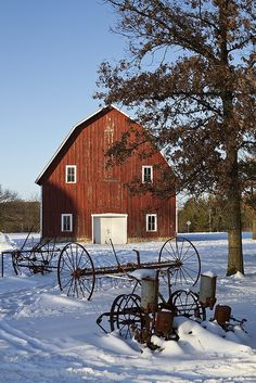 Solve Red Barn, Old Farm Equipment jigsaw puzzle online with 70 pieces Country Barns, Country Life, Country Living, Country Roads, Farm Barn, Old Farm, Barns Sheds, Country Scenes, Farms Living