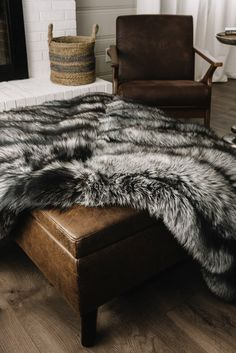 Faux Fur Bedding, Faux Fur Rug, Faux Fur Blanket, Black Bedding, Black Bedroom Sets, Bedroom Inspiration Cozy, Black Couches, Traditional Fireplace, Fur Throw