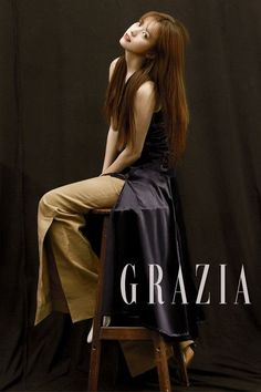 Han Hyo Joo flaunts her mesmerizing beauty as the cover star of 'Grazia' | http://www.allkpop.com/article/2016/08/han-hyo-joo-flaunts-her-mesmerizing-beauty-as-the-cover-star-of-grazia