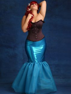 Plus size Halloween costume: The Little Mermaid. Note to self. Make this skirt for halloween. Already have the corset