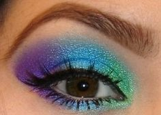 Multi-color eye makeup