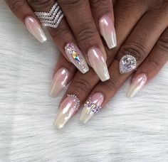 White Chrome With Classy French Ombre - Nailpro