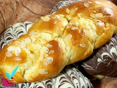 Greek Bread, Greek Recipes, Easter Recipes, Holiday Baking, Hot Dog Buns, Banana Bread, Food And Drink, Sweets, Cooking