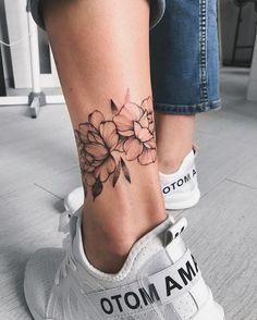 tattoos of women & tattoos of women ; tattoos of women faces ; tattoos of women goddesses ; tattoos of women silhouette ; tattoos of women faces half sleeves ; tattoos of women faces simple ; tattoos of women on men ; tattoos of women warriors Mini Tattoos, Body Art Tattoos, Small Tattoos, Tattoo Drawings, Art Drawings, Modern Tattoos, Tattoo Sketches, Unique Tattoos, Tattoo Diy