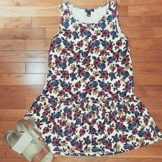 Floral dropwaist dress Girly design and fit! Perfect for summer or pair it with a denim jacket and booties for fall :) Forever 21 Dresses