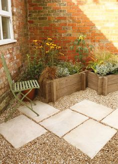Stonewood planters can be bought and assembled in no time from Bradstone Small Courtyard Gardens, Back Gardens, Small Gardens, Outdoor Gardens, Small Cottage Garden Ideas, Garden Yard Ideas, Small Garden Inspiration, Garden Paving, Planter Garden