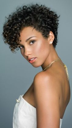 New short hairstyles for black curly pixie, curly bob, short curly hair black Short Curly Pixie, Curly Pixie Hairstyles, Short Natural Curly Hair, New Short Hairstyles, Short Curly Haircuts, How To Curl Short Hair, Curly Hair Cuts, Black Curly Hair, Black Women Hairstyles