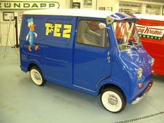 1958 Goggomobil Transporter. The prototype transporter was recognizable by its raked windshield and smooth body with no pressings. Late vans had additional pressings above the front wheel, and a diamond above the rear. The 400 cc transporter motor had two more horsepower than the coupe and the sedan 400's.