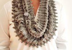 Bufanda infinita crochet con mucho glamour   HandworkDIY