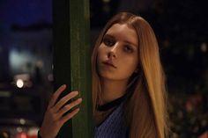Η 18χρονη Lottie Moss ακολουθώντας τα βήματα της διάσημης αδερφής της φωτογραφίζεται για το L'officiel Ολλανδίας με την πιο πολυσυζητμένη δημιουργία Gucci.