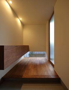 池田の家 | 株式会社SYNCの建築事例 | SuMiKa | 建築家・工務店との家づくりを無料でサポート Japanese Modern House, Japanese Home Design, Japanese Interior, Minimalist Interior, Minimalist Bedroom, Japanese Architecture, Interior Architecture, Asian Interior Design, Asian House