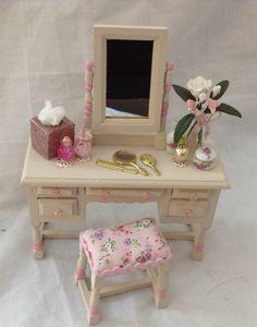 DOLLS House Miniatures - Dressing Table Set