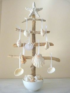 Maritime decoration hanging tree shell clams