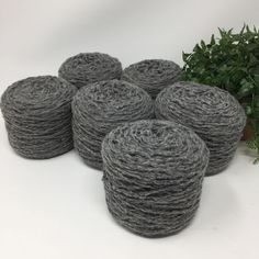 Yarn Recycled 100% Gray Wool Bulky Weight 6 Cakes 823 Yards 17.3 Oz Lot 672  | eBay