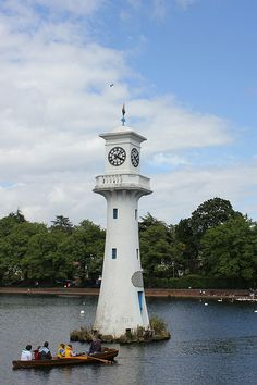 Scott Memorial, Roath Park Boating Lake, Cardiff | by Clarc Tawe
