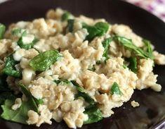 Овсяная каша со свежим шпинатом и сыром Risotto, Potato Salad, Potatoes, Ethnic Recipes, Food, Potato, Essen, Yemek, Meals