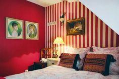 Casinha colorida: Fazendo graça no quarto