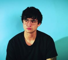 Good boys are bad boys that haven't been caught Calum Hood, Calum Thomas Hood, 5 Seconds Of Summer, 5sos Members, 1d And 5sos, Luke Hemmings, Interesting Faces, Reaction Pictures, Baby Daddy