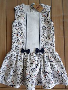 Para Ana Hecho con este patrón muy fácil de hacer http://patronesmujer.com/vestido-nina-de-talle-bajo-diy/