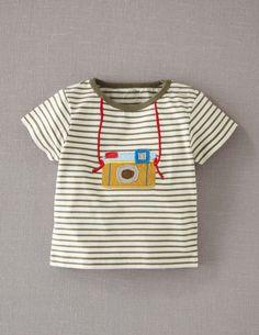 camera tee felt embroidery tee