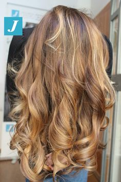 Only Degradé Joelle! #cdj #degradejoelle #tagliopuntearia #degradé #igers #musthave #hair #hairstyle #haircolour #longhair #ootd #hairfashion #madeinitaly