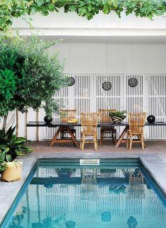 piscina pequeña - 6 Consejos para disfrutar de tu jardín con piscina