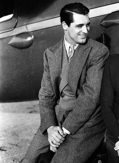 Cary Grant looking lovely