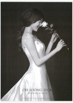 Fantastic Wedding Advice You Will Want To Share Pre Wedding Shoot Ideas, Pre Wedding Photoshoot, Bridal Shoot, Wedding Advice, Wedding Poses, Wedding Inspiration, Wedding Dresses, Beauty Fotos, Korean Wedding Photography
