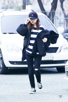 Red Velvet Seulgi Kpop Fashion 160321 2016