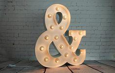 """Lettre Lumineuse """"&"""" en location chez D DAY DECO #ddaydeco #decoration #deco #decomariage #decorationmariage #mariage #original #mariageoriginal #chic #mariagechic #wedding #lettre #lumineuse #alphabet #mot #caracteresspeciaux"""