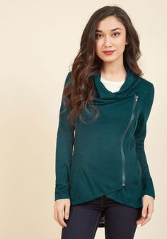 Airport Greeting Cardigan in Lagoon. With a long travel day ahead, you dress comfortably in this deep teal cardigan, knowing your friends and fam will wrap their arms around its soft knit oh-so soon! #green #modcloth
