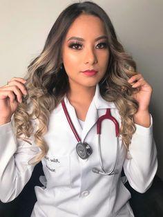 Beautiful Nurse, Army Police, Scrubs Outfit, Female Doctor, Medical Scrubs, Medical Students, Nurses, Raven, Pretty Girls