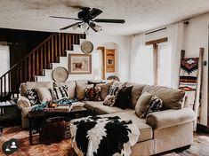 Home Living Room, Farm House Living Room, Western Living Rooms, Cool Rooms, Western Living Room Decor, Cute Home Decor, Home Decor, Tiny House Decor, Home And Living