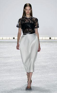 Monique Lhuillier S/S 2015.