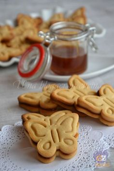 biscotti senza zucchero Biscotti Biscuits, Biscotti Cookies, Galletas Cookies, Italian Cookie Recipes, Italian Cookies, Italian Desserts, Stevia, Italian Almond Biscuits, Diabetic Recipes