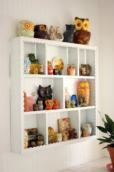 I love the edges on these shelves. Would look great with vintage teacups.